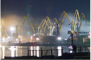Освещение морского торгового порта в г.Туапсе